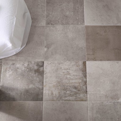 Queenstone Silver Stone Effect Porcelain Tile Roomset