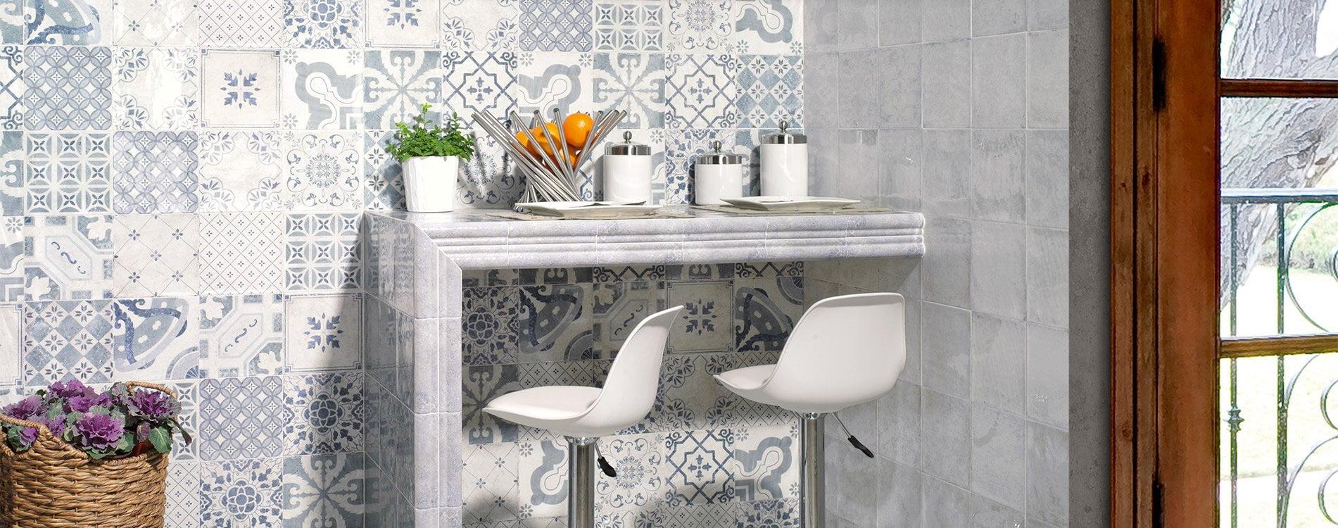 Artisan Antiqua Azul Plain/Decor Gloss Ceramic Wall Tile